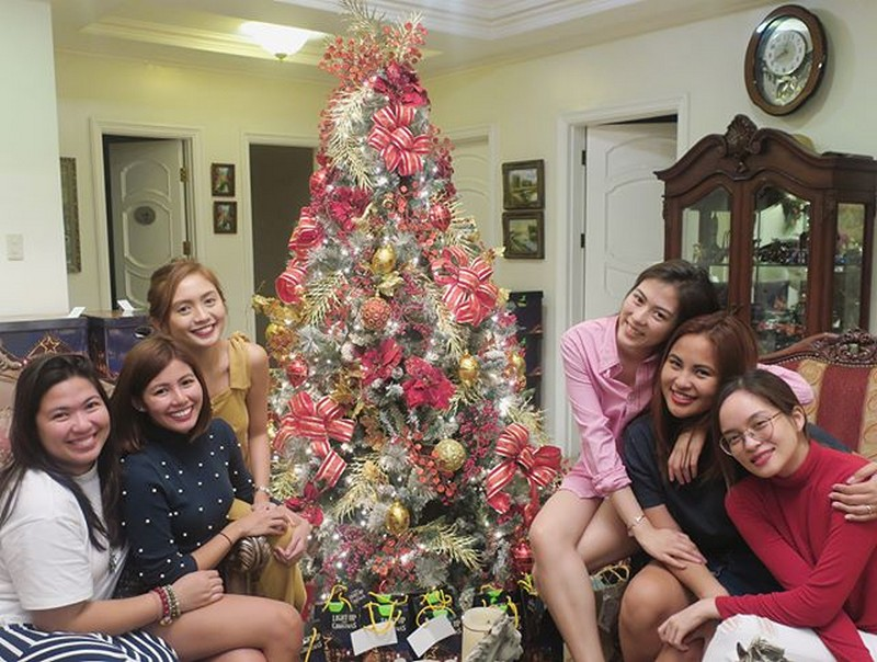 IN PHOTOS: Alex Gonzaga with her beautiful besties for life!