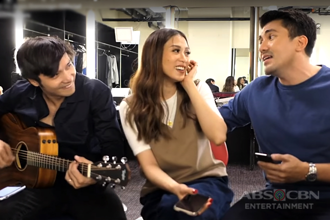 WATCH: Backstage Jamming session by Luis, Alex and Kean!